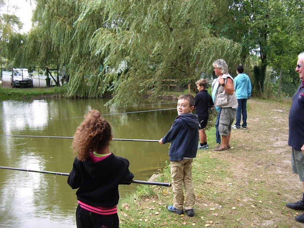 initiation pêche dans le camping