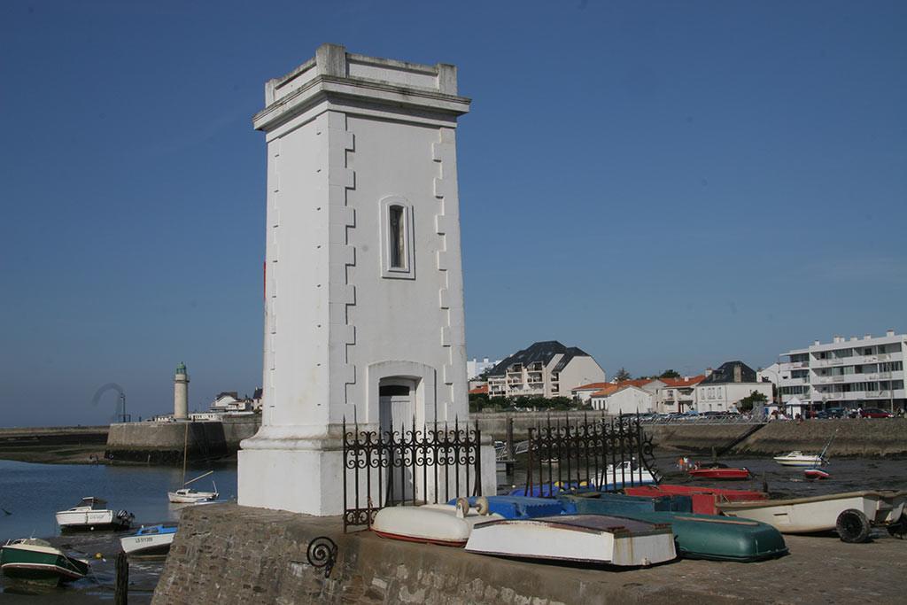 St Gilles Croix de Vie phare